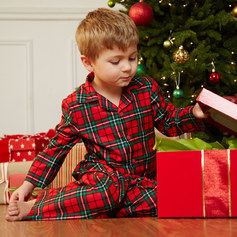 94065_ChristmasMorningKidsSleepwear_HP_2014_1104_HS4_1415066301