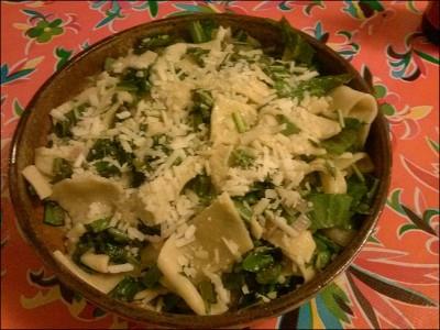Pasta-with-Dandelion-Greens_913b8f0931a022f2a12f7025fc04674d