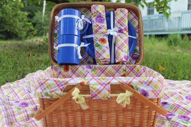 full_1175_60812_PicnicBasketSet_2
