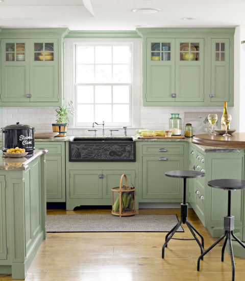 54eb56aee5450_-_green-kitchen-cabinets-cape-cod-house-0612-xln