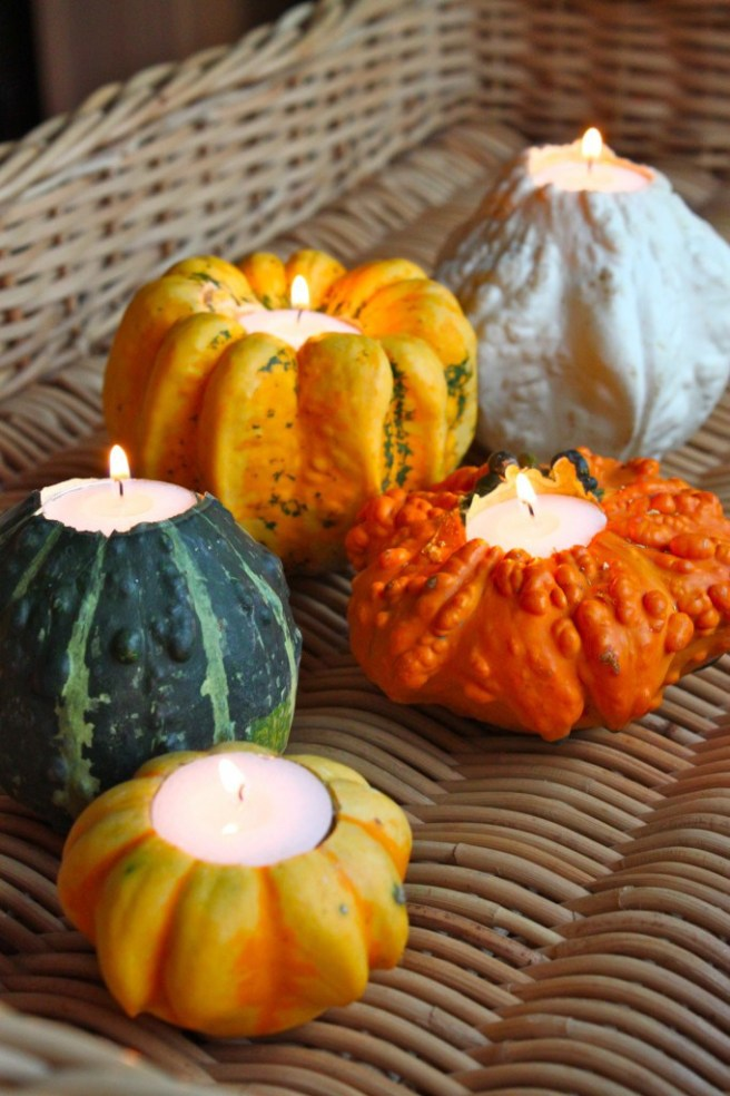 using-pumpkins-and-gourds-to-create-candle-holders-for-fall-or-halloween-decorating-ideas-for-the-table-from-pinterest