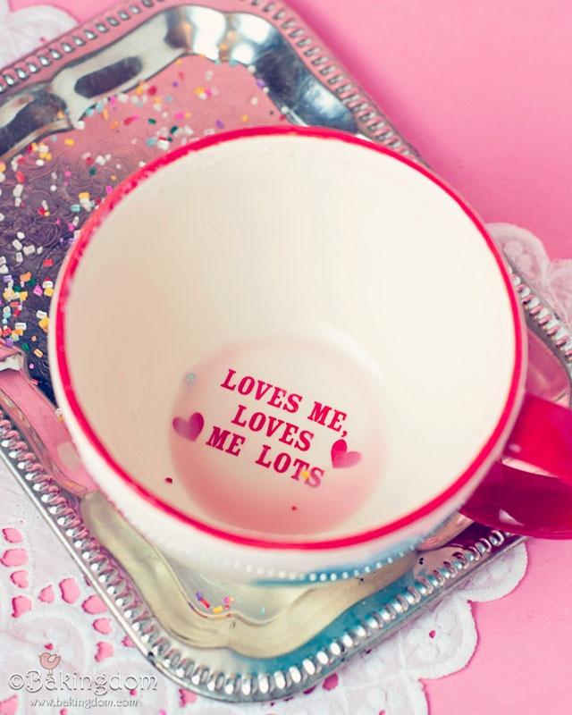 loves-me