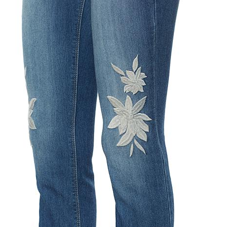 sheryl-crow-rose-embroidered-girlfriend-jean-d-20170613112643447-546216_alt2
