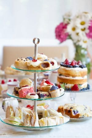 How-to-Throw-The-Best-Summer-Afternoon-Tea-Party-300x450